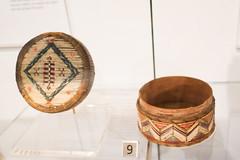 Mi'kmaq porcupine quill box with lid (quinet) Tags: 2017 aborigène canada firstnations indian kunst ontario rom royalontariomuseum toronto ureinwohner aboriginal art museum musée native 124
