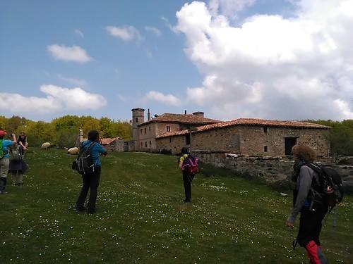 Marcha Senderismo La Inmensidad Del Monte Hijedo Cantabria Fotografía Javi Cille (6)