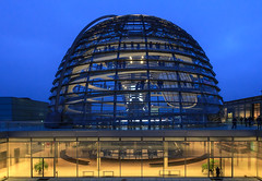 Bundestag Dome (Calovi) Tags: 2017 alemanha allemagne berlim berlin canon deutschland europa europe germania germany cr2 raw de dome kuppel cupula cupola