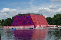 The Mastaba - work in progres (rotabaga) Tags: london england pentax k5 christo jeanneclaude hydepark serpentine