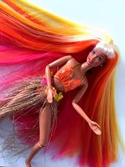 Hula Hair Barbie 1996 (an_drew_here) Tags: dollphotography doll barbiedoll hulahairbarbie hulapoola hula hawaii mattel barbie