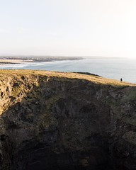 Crater Scale (Fabian Fortmann) Tags: cornwall coast crater krater sunset vacation roadtrip küste sea meer england