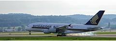 Singapore 9V - SKJ (Stefan Wirtz) Tags: 9vskj singaporeairline singaporeairlines singaporea380 airbus airbusa380 a380 a380841 airbusa380841 airportzürich zürich zürichairport zürichflughafen flughafen flughafenzürich kloten flugzeug schweiz suisse switzerland passagiermaschine passagierjet jet avion runway runway34 landeanflug landung