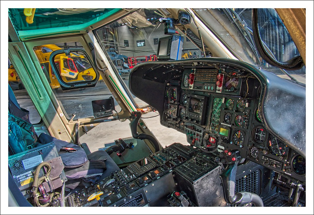 The World's Best Photos of sarhelicopter - Flickr Hive Mind