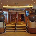 Queen Mary 2 - Eingang Planetarium thumbnail