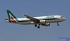 EI-DTL LMML 26-05-2018 (Burmarrad (Mark) Camenzuli Thank you for the 12.1) Tags: airline alitalia aircraft airbus a320216 registration eidtm cn 4119 eidtl lmml 26052018