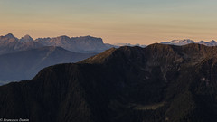 Profili all'alba (cesco.pb) Tags: speikboden valleaurina dolomiten dolomiti dolomites alps alpi sudtirol altoadige montagna mountains italia italy marmolada tofane plandecorones canon canoneos60d tamronsp1750mmf28xrdiiivcld alba dawn sunrise