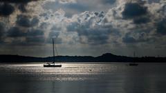 Parking in a sunny lake. Стоянка в солнечном озере. (Nitohap) Tags: парусник солнце облака море тайланд пейзаж природа корабль sailboat sun clouds sea thailand landscape nature ship nikond850 2803000mm