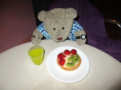 Calories? What calories?? 30/51 (pefkosmad) Tags: tedricstudmuffin teddy ted bear holiday holibobs animal cute toy cuddly soft stuffed fluffy plush pefkos pefki pefkoi rhodes rodos greece greekislands griechenland hellas stellahotel
