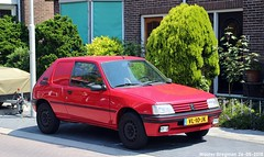 Peugeot 205 XA Commerciale 1991 (XBXG) Tags: vl10jk peugeot 205 xa commerciale 1991 peugeot205 van red rood rouge edisonstraat wormerveer nederland holland netherlands paysbas youngtimer old classic french car auto automobile voiture ancienne française vehicle outdoor