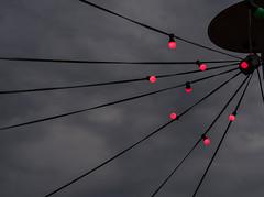 20180510-112 (sulamith.sallmann) Tags: abend abends abendstimmung abstract abstrakt evening klunkerkranich lamp lampe lampen lamps licht lichter light red rot sulamithsallmann