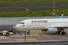 D-AEWF (Benedikt Lang) Tags: a320214 avgeek aero aeroplane aeropuerto aircraft aircraftphoto airline airliner airplane airport airways aviation avion aviones daewf dusrho ew9630 ewg9630 eurowings flight flugzeug flying germany luchthaven luchtvaart luftfahrt outdoor pilot piloting planespotting ramp runway spotter spotting tarmac taxi taxiway transportation travel vehicle vorfeld wings düsseldorf nordrheinwestfalen deutschland de airbus a320 a320200 pushback