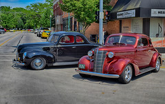 Just Hangin Around (kendoman26) Tags: hdr nikhdrefexpro2 morriscruisenight morrisillinoiscruisenight june2018morrisillinoiscruisenight nikon nikond3300 nikon1855afs3556 1939ford 1938chevrolet