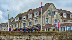 D-day beaches, Arromanches today ... ( 2 ) (miriam ulivi) Tags: miriamulivi nikond7200 francia normandia arromancheslesbains dday spiaggedellosbarco 6giugno1944 people case houses buildings