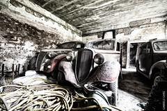 Commissionaria Fiat (Ghisi esplorazioni) Tags: abandoned urbex urbanexploration urbanexplorer urbexitaly urban lost forgotten old decay car fiat dismesso abbandono abbandonato auto depoca garage commissionaria canon wideangle