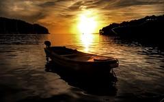 Croatian sunset (Westhamwolf) Tags: sunset sundown croatia cavtat adriatic sea boat