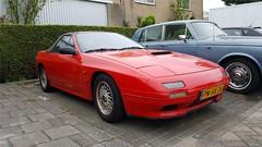 Mazda RX-7 Convertible (sjoerd.wijsman) Tags: zuidholland holanda olanda holland niederlande nederland thenetherlands netherlands paysbas carspot carspotting cars car voiture fahrzeug autos auto spider roadster cabriolet cabrio redcars red mazda rx7 mazdarx7 sidecode5 pnhx34 nootdorp 13052018