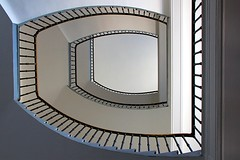 horseshoe (Fotoristin - blick.kontakt) Tags: architecture stairs staircase abstract lines curves light horseshoe fotoristin