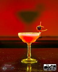 Lightpainting & cocktails (Matteo Nebiacolombo) Tags: lightpainting light cocktail bartending bar