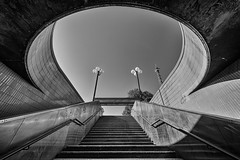 Ω (Leipzig_trifft_Wien) Tags: berlin deutschland de perspective pov architecture underground metro station subway bnw black white light shadow shadowplay stairs staircase wideangle urban blacknwhite noiretblanc up lookingup
