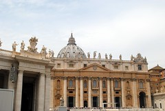 St Peter's Basilica and dome (zawtowers) Tags: rome roma italy italia capital city historic roman empire heritage monday 28 may 2018 summer holiday vacation break warm sunny vatican st peters baslica home pope catholic church outside central dome impressive view pay