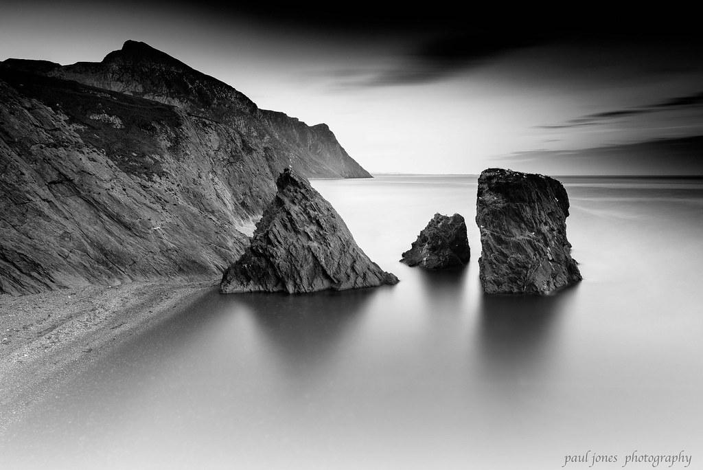 trefor  beach.  north Wales long  exposure