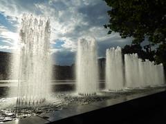 Вы видали это чудо? Столб воды из ниоткуда! Улетает в никуда Невесомая вода! (Angelok-Happy) Tags: лето фонтан вода облака