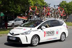 la Ronde de l'Isard 2018 - Vendée U Pays de la Loire (gimbellet) Tags: canon nikon auto automobiles cars camion car véhicules voiture transport transportation motor sport french france extérieur cyclisme cycle cycling cyclist team race bike