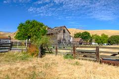 DSCF4554-2090.jpg (RHMImages) Tags: xt2 ebparksok contracostacounty landscape decay hillside blackdiamond blackdiamondmine fuji ebrpd park barn antioch fujifilm fence