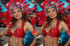 IMG_8270 (tam3d) Tags: tam3d carnavalsf carnavalsf2018 carnaval sfcarnaval sf missiondistrict parade festival costume dancer samba model models portrait fashion sanfrancisco 3d stereoscope stereophotography stereoimage crosseyed crossview loreo people party