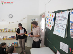 "Visita das autoras Maria Eliza e Nilza Siqueira • <a style=""font-size:0.8em;"" href=""http://www.flickr.com/photos/134435427@N04/27749576127/"" target=""_blank"">View on Flickr</a>"