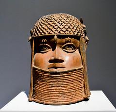 Benin bronze (Francisco Anzola) Tags: berlin germany bodemuseum museum art sculpture bronze benin