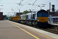 """Direct Rail Services Class 66/4, 66426 & Freightliner Class 66/5, 66539 (37190 """"Dalzell"""") Tags: drs directrailservices revised compass freightliner greenyellow gm generalmotors dred class66 class664 class665 66426 66539 northwestern wigan"""