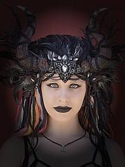 Portrait (ingrid eulenfan) Tags: wavegotiktreffen 2018 leipzig le wgt wave wgt2018 gothicfestival gothic gotik gotic gotica gotiche gotisches gothicanhänger schwarzeszene szene goths sonyilca77m2 accessoires festival portrait frau woman kostüm