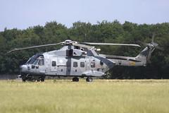 UH-101 Italy (Rob Schleiffert) Tags: gilzerijen aproc exercise helicopter italiannavy uh101