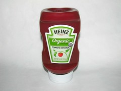 Heinz Organic Tomato Ketchup (Pest15) Tags: heinzorganictomatoketchup heinzketchup ketchup condiment nationalketchupday nationalcatsupday catsup bottle