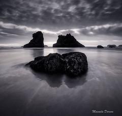 Glassy beach (Manuela Durson) Tags: blackandwhite beach bandon oregon oregoncoast southernoregon sunset serene beautiful landscape sky clouds cloudscape ocean coast coastal