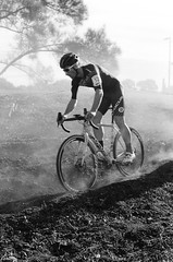 000131360008 (Harry Toumbos Photo) Tags: 35mm film ilford hp5 canon fd a1 f1 50mmf12l 35105mmf35 cycling cyclocross adelaide nationals