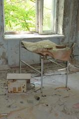 DSC_6177 (aktarian) Tags: ukraine ukrajina chernobylexclusionzone ruins ruševine zapuščeno abandoned mestoduhov ghosttown zapuščenazgradba zapuščenezgradbe abandonedbuilding abandonedbuildings urbanruins pripyathospital hospital pripjatskabolnišnica