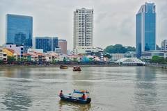 Singapore river with Boat Quay (UweBKK (α 77 on )) Tags: river flow water boat quay architecture building bridge singapore southeast asia sony alpha 77 slt dslr