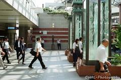横浜駅東口 (✱HAL) Tags: om1 lomography 400 color nega film yokohama station eastside morning