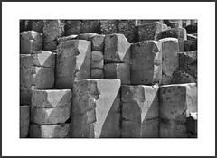 Giants Causeway (efgepe) Tags: irland lightroom mai pentaxk1 nordirland bw sw blackwhite silverefexpro nik schwarzweiss schwarzundweiss northernireland ireland giantscauseway