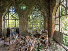 Abandoned villa (NأT) Tags: abandoned abandon abandonné abandonnée abbandonato abbandonata ancien ancienne alone architecture zuiko explorationurbaine em1 exploration explore exploring empty explo explored rust rusty ruins rotten room trespassing tv television watching urbex urban urbain urbaine urbanexploration interdit interior inside inexplore olympus omd old oubli oublié oubliée past photography decay decaying derelict dust decayed dusty forgotten forbidden lost light memories nobody neglected building verlassen creepy villa home life chateau casa