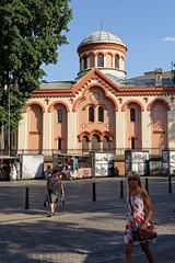 Vilnius / Church of St. Paraskeva ( Orthodox ) / Didžioji street (Pantchoa) Tags: vilnius lutuanie europe église orthodoxe religion stparaskeva didžioji rue architecture arbre ciel personnes femme blonde sacàmain
