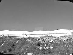 (cardigan48) Tags: industria ciudad montaña monocromatico border light landscape lineas