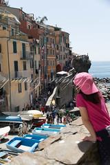 Liguria 2018 (Stefano Gianoli) Tags: 2018 5terre anno barche citta giulia imbarcazioni persone primavera riomaggiore stagione