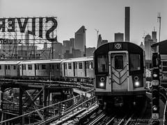 7 Express train (Will.Mak) Tags: 7 seven diamond express train subway nyc newyorkcity newyork rails silvercupstudios cityscape skyline blackandwhite bw mirrorless micro43 microfourthirds monochrome mono queens longislandcity queensboroplaza olympus em1markii m1240mm f28 olympusem1markii olympusm1240mmf28