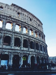 (maycambiasso98) Tags: turism tour visit lifestyle life travel old building italy italia city art rome roma romano coliseo colosseo