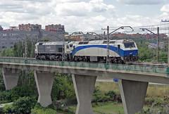 Dia de 319s (Mariano Alvaro) Tags: 333 402 319 203 renfe mercacias gl viaducto rebolledo madrid tren trenes locomorotas diesel retales