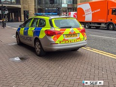 Vauxhall Astra Estate Glasgow 2016 (seifracing) Tags: police scotland vauxhall astra estate glasgow 2016 seifracing spotting security emergency europe rescue recovery traffic trucks cars cops car vehicles seif photography photographe
